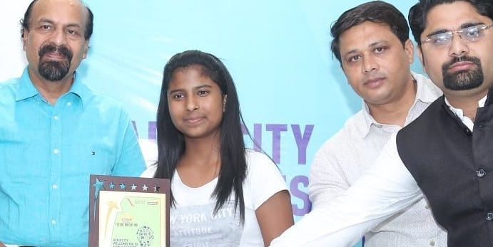 How Janhavi Panwar became India's wonder girl at the age of 11, She speaks English in 9 accents and delivers lectures at IAS academy