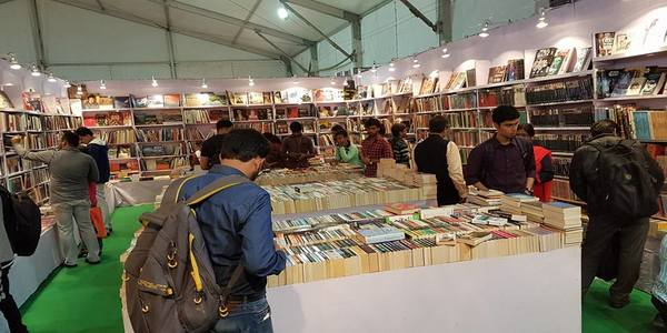 BookTuk – An initiative in Kolkata that promises to bring happiness to every booklover's life by selling books by the kilo