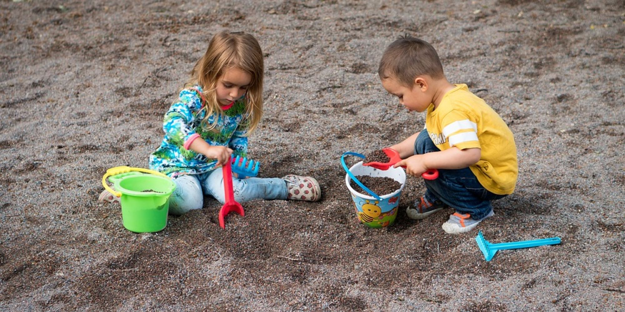 5 important sustainable living activities to engage your kids, Make them recycle, reuse and reduce