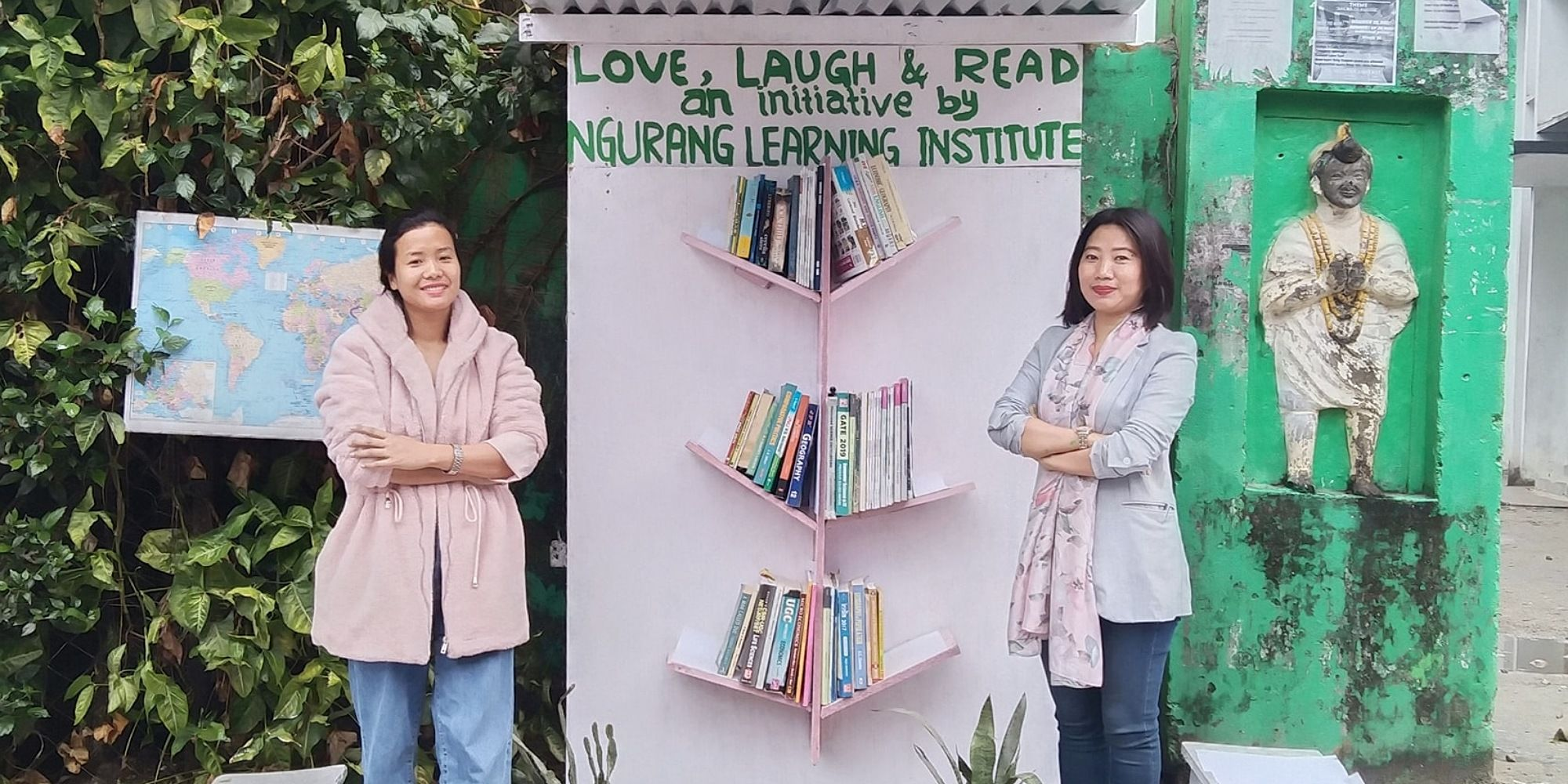 Ngurang Meena sets up a free self-help roadside library to instill the habit of reading in children and adults